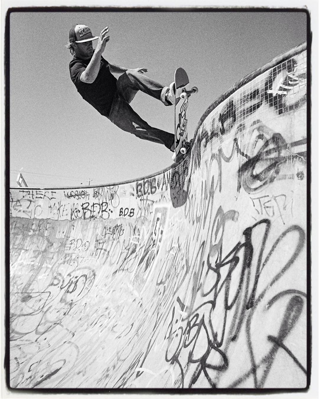 #throwbackthursday Renton Millar, pivot fakie, Coburg, OZ, 2004 #rentos #pool #bowl #concrete #skateboarding #oz #bailgun #gerdrieger.com