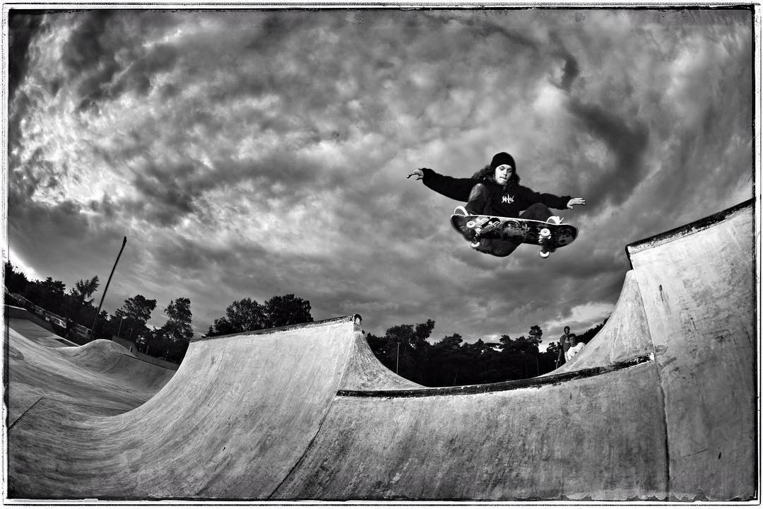 #flashbackfriday Kevin Wenzke jumps the channel at Falkenberg skatepark a few years ago while on a trip to the Ultra Bowl contest in Malmö. @kevinwenzke #skateboarding #pool #bowl #concrete #skatepark #falkenberg #ollie #bailgun #gerdriegerphotography