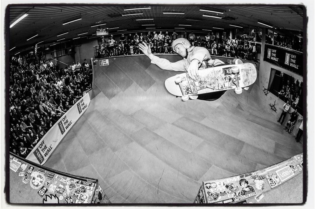 #throwbackthursday John Magnusson takes some time off from organizing everything at Vert Attack 9 to take some high speed runs in the ramp. FSA over the channel. Thanks John for throwing the raddest contest/session every year. Looking forward to VA-Xll #vertattack #skateboarding #vert #ramp #fsa #skatemalmo #bailgun #magazine #gerdriegerphotography
