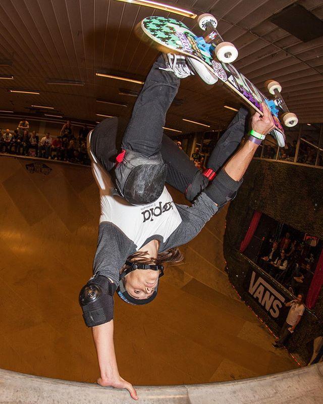 #flashbackfriday Mimi Knoop throws an egg at Vert Attack 2014. Pics from this year soooon. #vertattack #bryggeriet #skateboarding #vert #halfpipe #ramp #skatemalmo #mimiknoop #bailgun #gerdriegerphotography