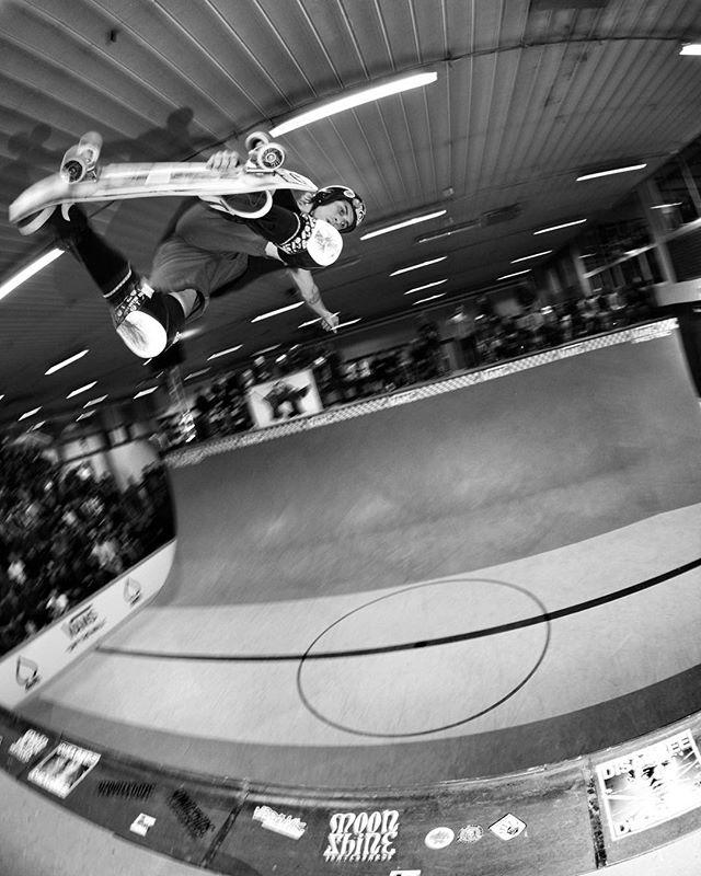 Auby Taylor backside blast at Vert Attack today. #aubytaylor #skatemalmo #vertattack #skateboarding #vert #halfpipe #ramp #bailgun #gerdriegerphotography