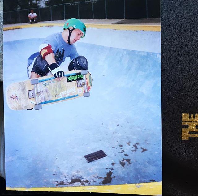 #flashbackfriday Tom Groholski Frontside Air at Stone Edge Skatepark, Daytona Beach, FL. ca. 91 #skateboarding #concrete #pool #bowl #tomgroholski #stoneedgeskatepark #bailgun #magazine #gerdriegerphotography