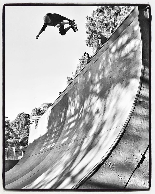 Rad session at Verkeley ramp yesterday. Felt good to skate some vert again. Zach Lewis BSA. #skateboarding #vert #verkeley #halfpipe #bailgun  #magazine #gerdriegerphotography