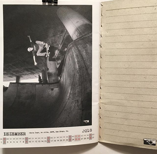 Bailgun calendar Dezember page with Chris Cope, backside ollie at Washington Street. #skateboarding #diy #wsvt #concrete #bridge #ollie #jtair #bailgun #magazine #calendar #kalender