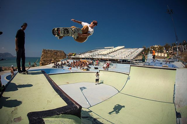 #throwbackthursday Pedro Barros, lien air at the La Kantera Bowlarama contest 2014. @pedrobarrossk8 #skateboarding #lakantera #gexto #algorta #pedrobarros #lienair #halfpipe #vert #bailgun #magazine #gerdriegerphotography